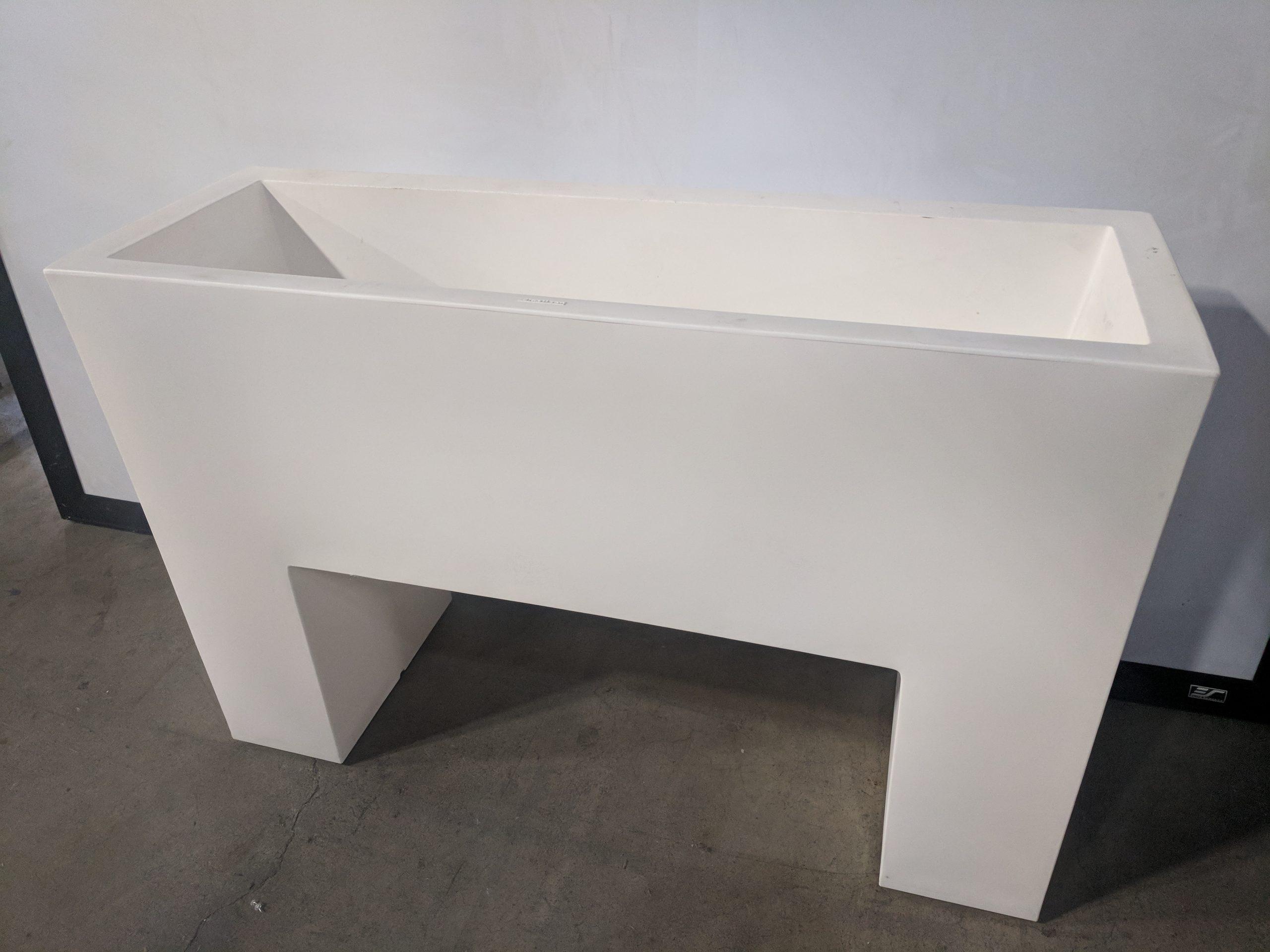 PASTIKEN RAISED BED, WHITE PLASTIC BED, 48Wx16Dx32H