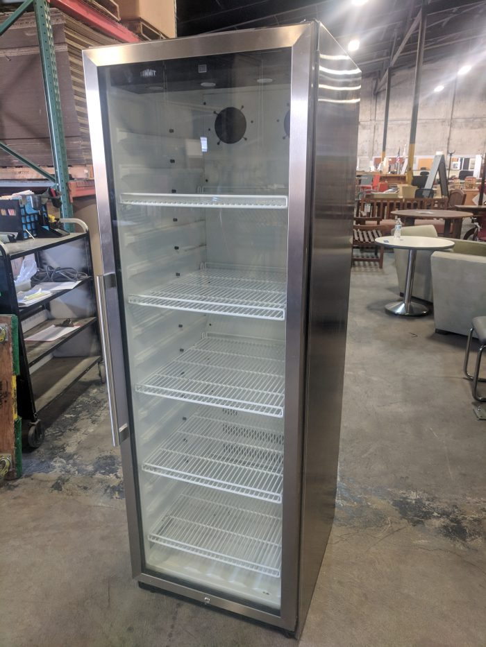 SUMMIT BEVERAGE COOLER, STAINLESS STEEL FINISH, GLASS DOOR, 24Wx29Dx70H