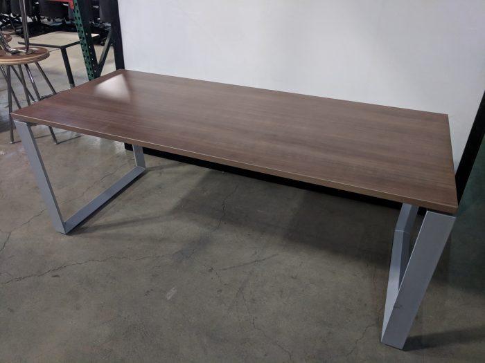 RECTANGULAR TABLE/DESK