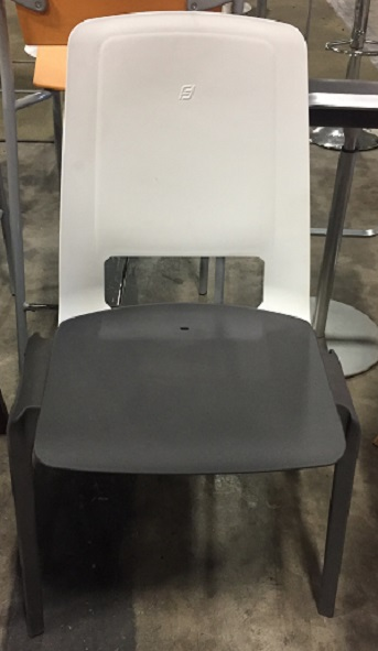 ERGO STACKING SIDE CHAIR