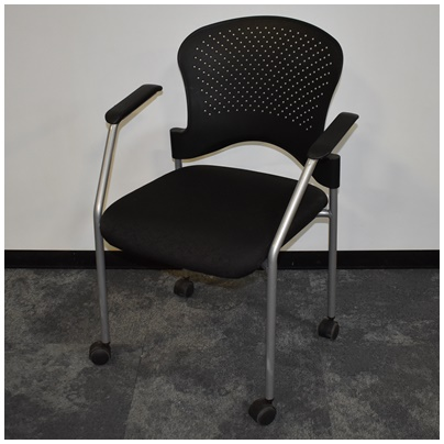 RAYNOR GROUP MOBILE STACKABLE CHAIR
