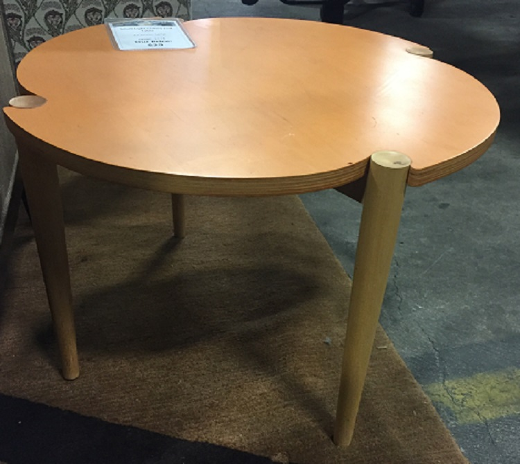 ROUNDED SIDE TABLE