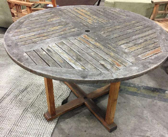 ROUND TEAK OUTDOOR TABLE
