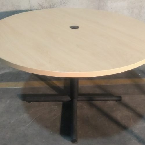 LAMINATE ROUND TABLE W/GROMMET HOLE
