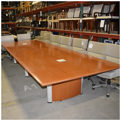 NIENKAMPER CONFERENCE TABLE