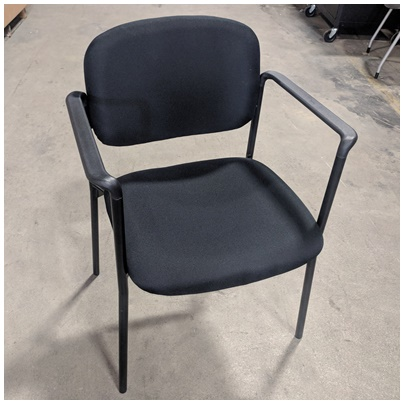 BASYX STACKING CHAIR W/ARM REST