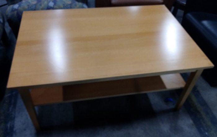 RECTANGULAR TABLE W/SHELF