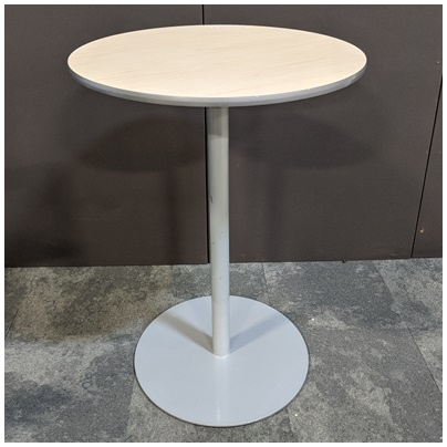 BRAYTON INTERNATIONAL BAR-HEIGHT ROUND TABLE